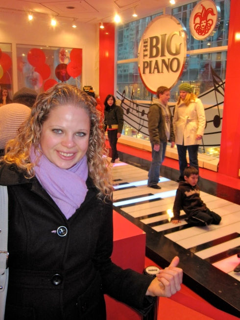 We went to see the famous full-size piano at the toy store FAO Schwarz